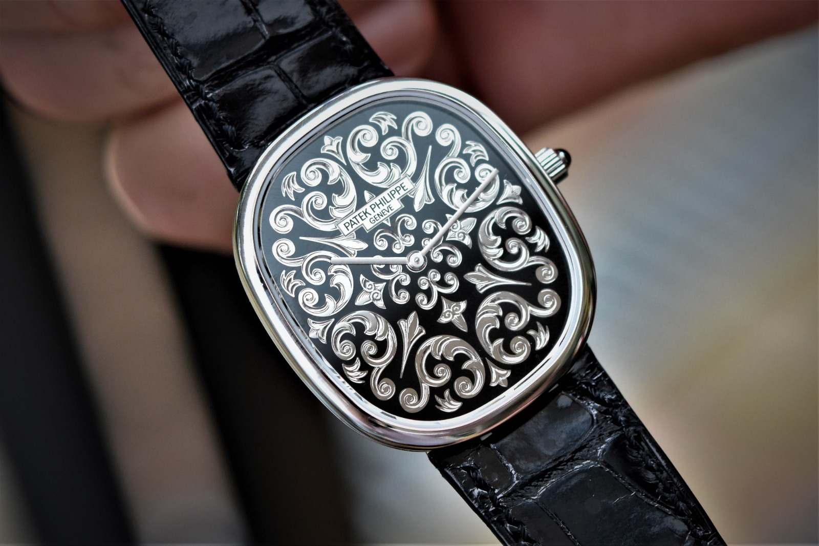 WATCH COLLECTING ACHIEVES WORLD'S FIRST AUCTION SALE OF PATEK PHILIPPE'S 50TH ANNIVERSARY ELLIPSE